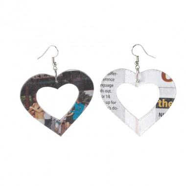 Crazy Love...Boucles d'oreilles Universal Love  en papier journal recyclé