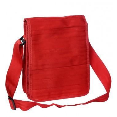 Pierre red bag in recycled seatbelt