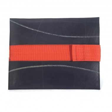 Rouge Gorge Ipad cover in recycled inner tube and recycled seatbelt