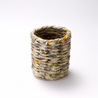 Round pencil pot made of recycled newspaper