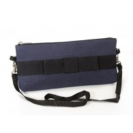 Barbara messenger bag in recycled canvas of parachute bag