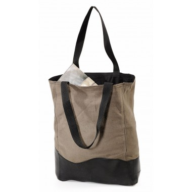 Shopping tote bag in recycled parachute bag canvas and inner tube